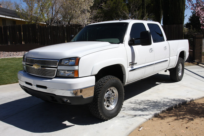 K T additionally  likewise E Cd D B C A D B likewise Ram Wd Cst Inch Lift S On S additionally . on 2009 chevy truck with lift kit